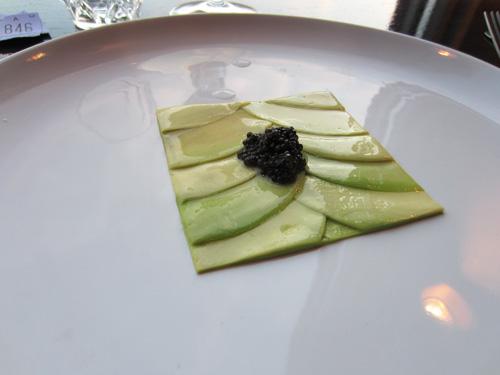 Avocado Mandelolie Kaviar